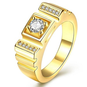 GemMart Jewelry Fashion Design 4 Prong Setting Cubic Zircon Stone Men's Ring Gold Plated Man Jewelry Mens Casual Ring R131
