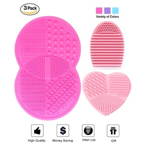 Makeup Brush Cleaning Mat, Esarora Makeup Brush Cleaner Set of 3 Mini Cosmetic Brush Cleaner Mat Portable Washing Tools (Pink)