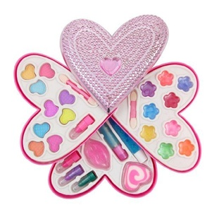 Cosmetics Set Petite Girls Heart Shaped Cosmetics Play Set - Fashion Makeup Kit for Kids by Cosmetics Set