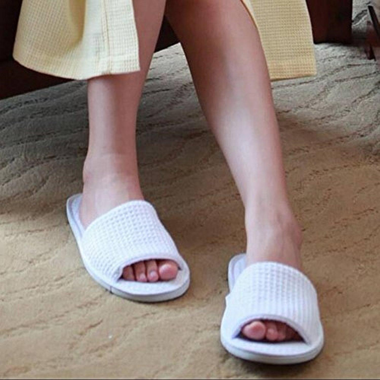 1Pair Unisex Pure white SPA slipper Open toe Closed-toe General Disposable Hotel slippers Home indoor slipper for guest (Open toe)