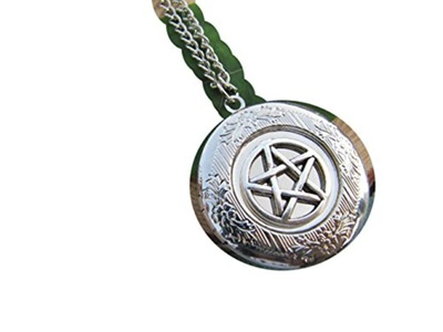 Silver Pentagram Locket Necklace , Small Locket Necklace ,Wicca Jewelry , Wiccan , Pagan