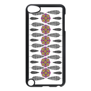 Dream Catcher Snap-on Hard Back Case for iPod Touch 5 5th Gen,iPod 5th Case,iPod 5/iPod Touch 5th Gen Case,Dream Catcher Case Cover Protector for iPod Touch 5/5th Generation (Black/White)