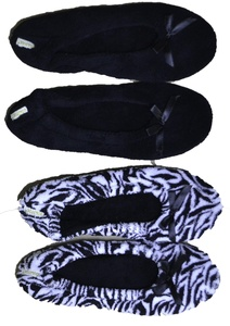 Gold Toe Womens Plush 2 Pack Ballerina Slippers (Zebra/Black GTW40049)