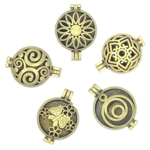 5pcs Mixed Antique Bronze 30mm Round Floating Locket For Aromatherapy Essential Oil Diffuser Pendant