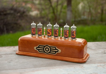Handmade Clock On Vintage IN-14 Soviet Tubes and Wood Beech