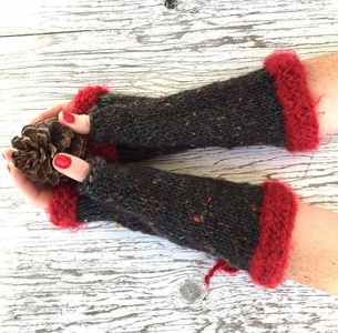 Fingerless Gloves, RED CUFFS MITTENS, Wool Arm Warmers Wrist Warmers, Red Lace