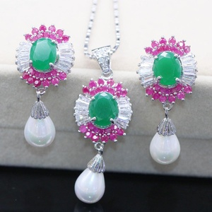 Glamorous Crystal Red Ruby Emerald Pendant Necklace Earrings Pearl Wedding Jewelry Sets