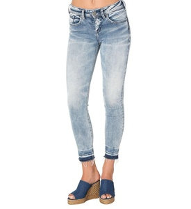 Silver Jeans Co. Avery Ankle Skinny Light Wash 32 x 27