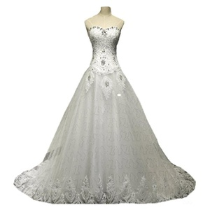 Creative Sweetheart Beaed A-line Lace Wedding Dress Long Appliqued Wedding Gown