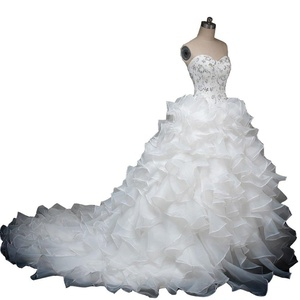 SweetGirl Ruffles Sweetheart Ball Gown Wedding Dress Beads Real Photo Bridal Gown White 2