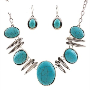 GD-Turquoise Sets Alloy Turquoise Pendant Necklace Earrings Set Leaf Vintage Chain Statement