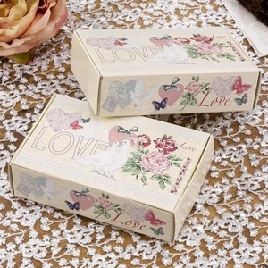 Neviti With Love Cake Boxes by With Love Cake Boxes