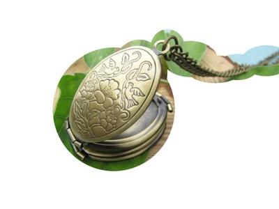 Folding Locket Necklace - Foldable Locket - Oval Photo Locket - Family Locket - Vintage Necklace - 4 Photo Locket