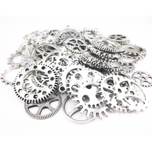 Honbay 150g Steampunk Gears, Antiqued Bronze Steampunk Watch Gear - Pendant Clock Watch Wheel Gear Charms for Crafting, Jewelry Making and More (Silver)