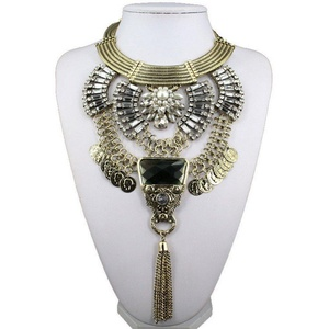 Us-DeSiGn : Summer Fashion Gold Plated Fatima Hand big Chain Bar statement Necklace pearl Beads and Long Pendant Necklaces Jewelry