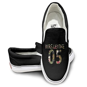 Maroon 5 Maps Canvas Low Top Sneaker 43