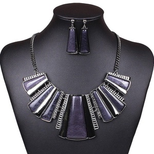 ARICO Vintage Jewelry Set Purple Geometric Earrings Resin Jewelry Sets Square Statement Necklace Set NB228