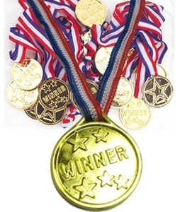 24 KIDS OLYMPIC GOLD WINNERS MEDALS PARTY GAMES BAG PRIZES GIFTS by Partyrama