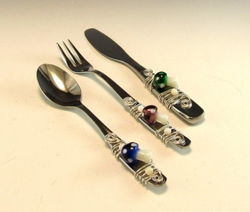 Beaded Hors'dourve Utensils/Appetizer Fork, Spoon, and Knife/Set of 3 Beaded Knife Fork and Spoon/ Mushroom Motif Set