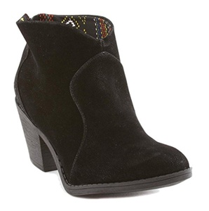 Blowfish Schloss Women's Round Toe Synthetic Ankle Boot (11 B(M) US, Black Fawn)