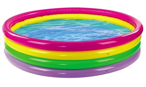 Wild and Wet Giant 4 Ring Rainbow Pool by Wet 'n' Wild