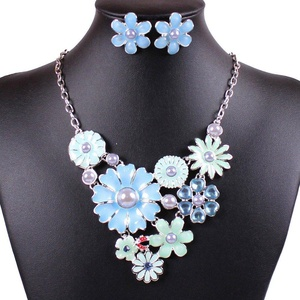 ARICO Classic Enamel Jewelry Set Flower Necklace and Earrings Pearl Jewelry Sets Multi Lyaer NE890