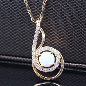 Unique Jewelry 18K Gold Plated White Opal CZ Fashion Necklace Pendant