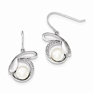 .925 Sterling Silver w/CZ 8-9MM Freshwater Cultured Button Pearl Sheperds Hook Earrings