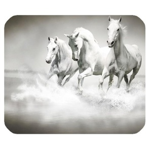 DreamOffice-Custom Horse Mouse pad Gaming Mouse Mat Cloth Cover Support Wired Wireless or Bluetooth Mouse,9.84