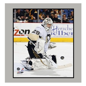 Encore Select 904-HKYPIT29 Marc Andre Fleury of the Pittsburgh Penguins 11 x 14 in. Photograph in a Matted Photograph Frame
