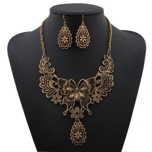ARICO Vintage Jewelry Set Chain Necklace Set Geometric Waterdrop Resin Jewelry Set Earrings NE699