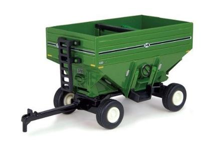 TOMY International ERTL 46253 Green Grain Wagon by Tomy International