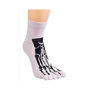 Mens Five Finger Socks Breathable and Comfortable Cotton Sport Socks Pack of 3 Pairs (White)