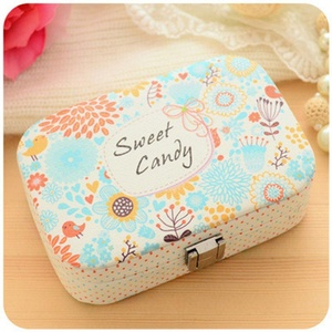 ONEONEY Small Travel Jewelry Box Organizer Display Storage Case for Rings Earrings Necklace With Mirror-(Sweet Candy)