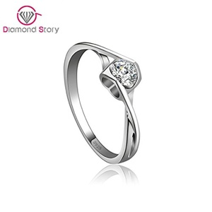 Cherryn Jewelry Wedding Jewelry Ring Crystal Engagement Heart Single CZ Bridal Ring