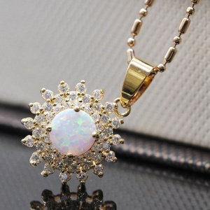 Simple Jewelry White Opal CZ 18K Gold Plated Bling Crystal Pendant Necklace