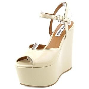 Steve Madden Women's Renzoo Peep Toe Wedge Sandal, Blush