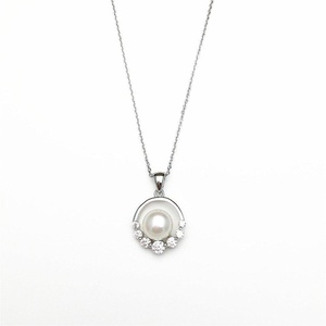 PearlsStudio Womens 925 Sterling Silver White Freshwater Pearl Zirconia Pendant Necklace with 18k White Gold Plated Necklace Flower shape Necklace with 45cm Sterling Silver Chain