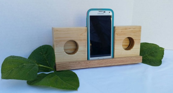Wooden Wireless Smartphone Speaker Amplifier
