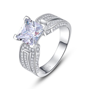 Merthus 925 Sterling Silver 1.5 cttw Stunning Cubic Zirconia CZ Engagement Wedding Ring