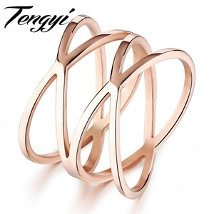Slyq Jewelry Fashion Rose Gold Plated Stainless Steel Ring Woman Ring Hollow 14MM Width Special Finger Ring for Woman TY461